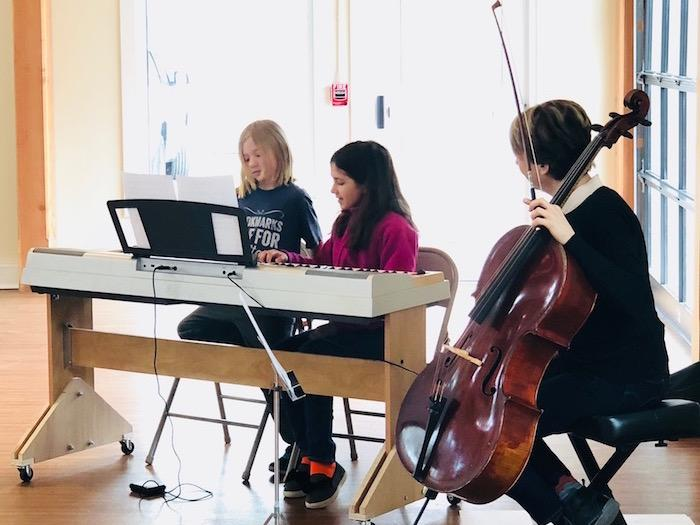 Quest Hosts Acclaimed Cellist For Student Experience 11