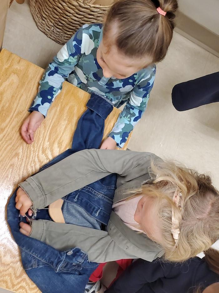 The Quest Montessori Day: Primary 5