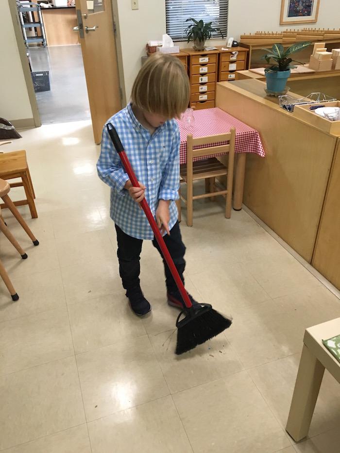 The Quest Montessori Day: Primary 27